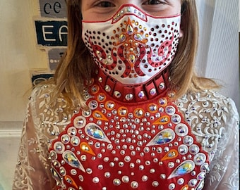 Irish Dancer Face mask to match your solo costume and wrist band. Tiara not included.