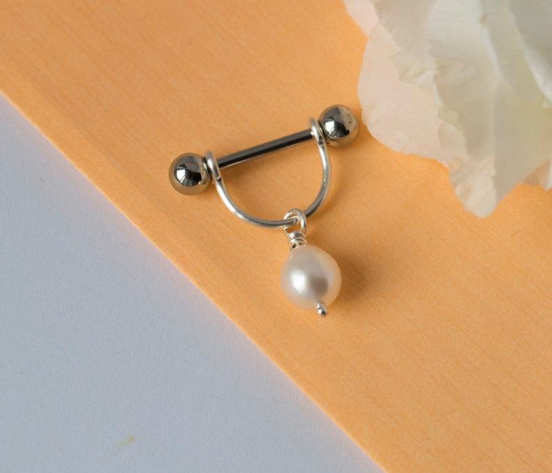 Pierced nipples pierced clit — img 5
