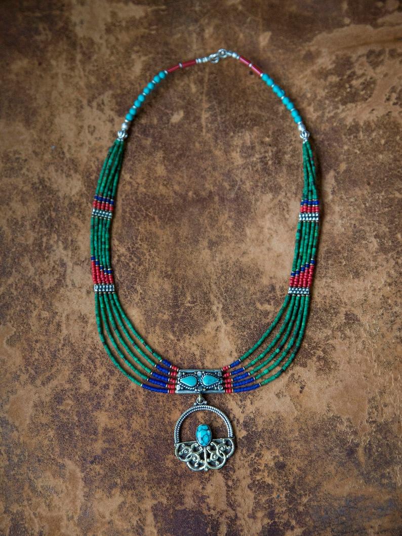 Necklace Stone Turquoise Coral ethnic Tibetan Nepali Himalaya Style  Collier en turquoise corail lapis lazuli colorful boho style jewelry