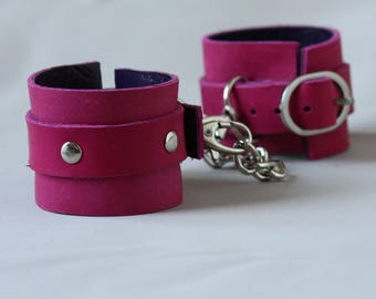 Leather Handcuffs PINK