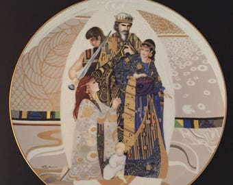 Vintage Judgement of Solomon, Biblical Mothers Series Collector Plate by Eve Licea, Edwin M. Knowles Fine China, 1984, Fine China and Stand