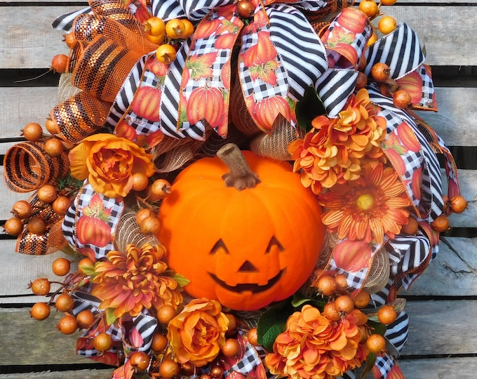 Pumpkin Wreath, Fall Wreath, Harvest Wreath, Deco Mesh Wreath, Front Door Wreath, Back Door Wreath, Autumn Wreath, Autumn, Fall