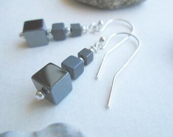 Minimalist grey cube earrings, hematite cubic and sterling silver 925 short earrings, geometric small earrings