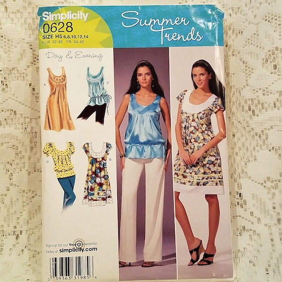 04e52bfe39c9 Misses Summer Dress or Top Sewing Pattern Simplicity 0628