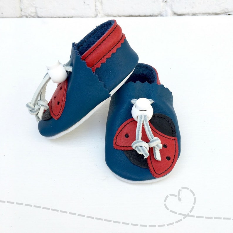 d285cd5e0f4a4 Bébé coccinelle de mocassins en cuir chaussons bébé en cuir