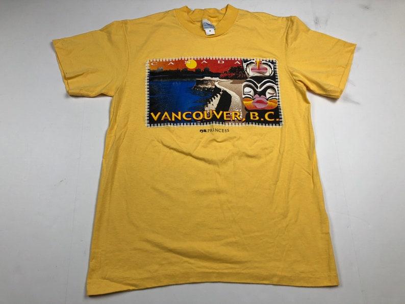 281d8653c Vintage 90s vancouver British Columbia canada t-shirt mens M | Etsy