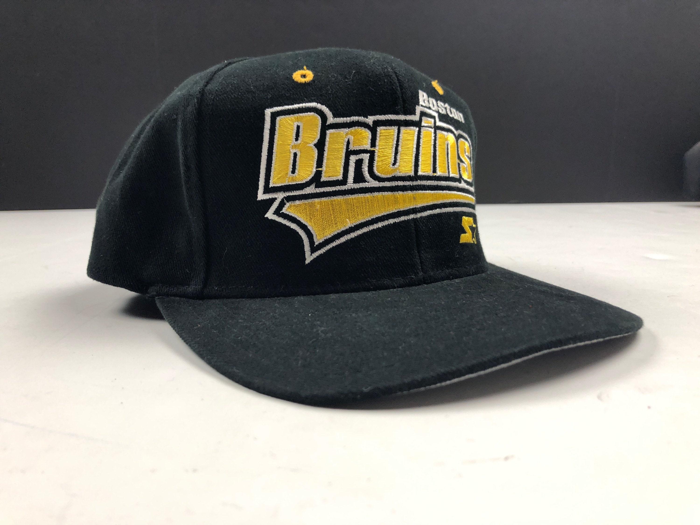10467a92eeaa0 ... clearance nos vintage 90s boston bruins snapback cap hat nhl hockey  etsy 539ca e9273