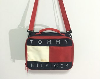 6f2dae21cd31 Vintage Tommy hilfiger crossbody bag big flag logo Good condition Tommy  hilfiger bag