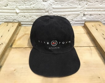 Vintage Nike cap Nike TN logo Nike town Atlanta spell out embroidered  adjustable cap strapback Black Good condition 384394655e