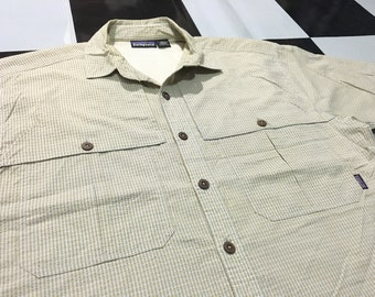 ac53f7fb Vintage Patagonia camp shirt short sleeve outdoor shirt plaid Size L Good  condition
