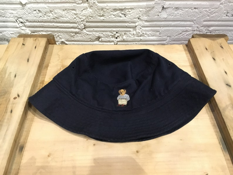 033703010 Vintage Polo bear bucket hat embroidered Navy Blue Size L