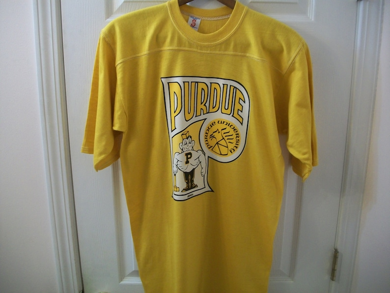 cheap for discount 2426a 97ffa Vintage Purdue University T Shirt M Boilermakers New With Tag NWT Football  Jersey Style tee NCAA Basketball ROACH Iron On Transfer Pete vtg
