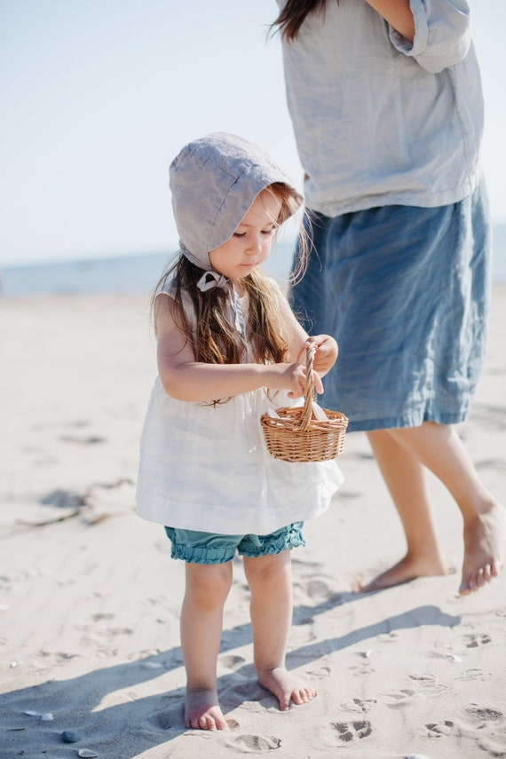 Linen Ruffled Shorts Ivy  Ruffle bloomers for baby girl made from soft and washed linen  more colors available