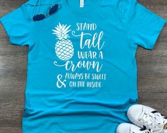 d3afefffad30 Pineapple Shirt - Be a Pineapple - Pineapple - Pineapple women's - Vacation  Shirt - Shirt with sayings - Womens shirt - Summer - Beach