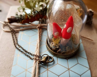 Secret Garden Dome Specimen Jar Necklace
