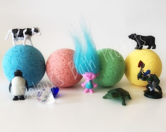 Toy Bath Bombs. Pick Your Toy Bath Bomb. Gift for Fans. Toy Inside Bath Bombs. Birthday Gift Bath Bomb. Party Favors. Party Favours. Present