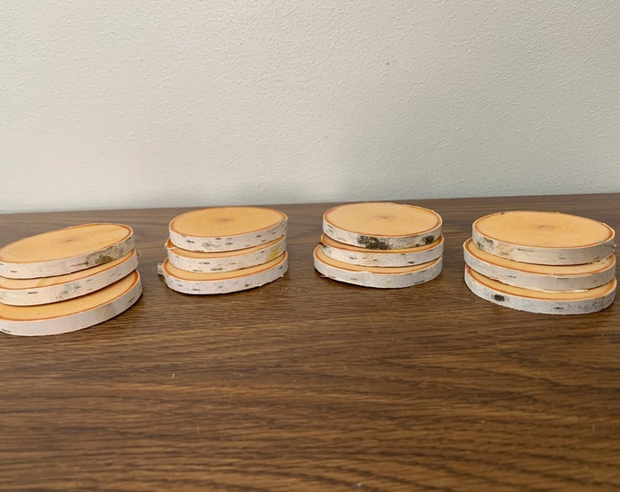White Birch slices, 12 count, approximately 2 1/2 inches diameter and about 1/4 inch thick