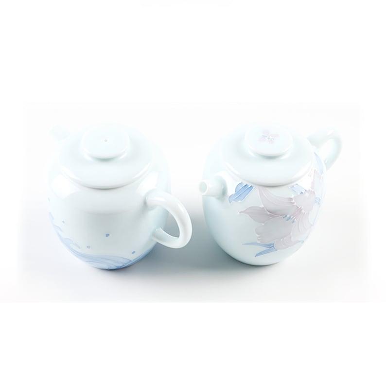 Best Ceramics Hand-painted Embossment Tea Pot Small Porcelain Teapot Kongfu Tea Maker 4.7oz