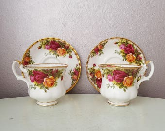 Set of 2 cups and dishes Royal Albert Old Country Roses 1962