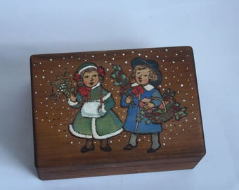 New Year's box. Christmas gift.Wooden painted box for caveats.Wooden painted box .