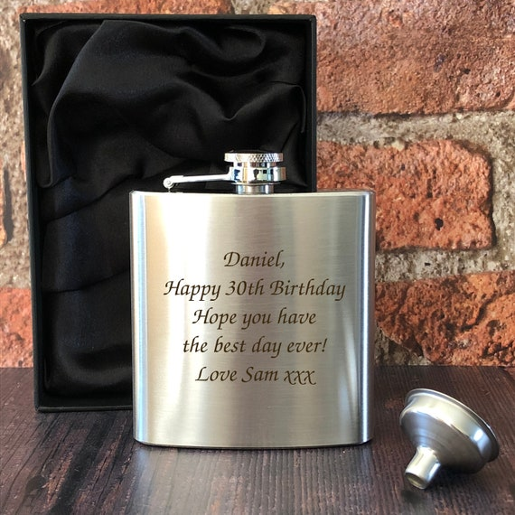 Personalised 6oz Black Hip Flask Gifts Ideas Presents For Birthday Message Christmas Mothers Fathers Day Him Her Mens Women/'s Wedding