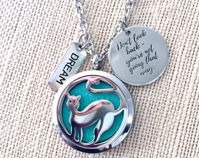 Essential Oils Diffuser Necklace, Aromatherapy Locket, Cat Lover Pendant