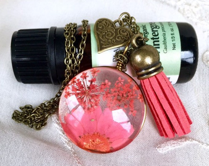 Tassel Diffuser Necklace , Dried Flower Charm Aromatherapy Necklace, Essential Oils Diffuser Tassy