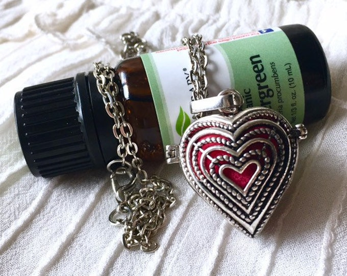 Heart Aromatherapy Locket,  Essential Oils Diffuser Necklace, Diffuser Locket