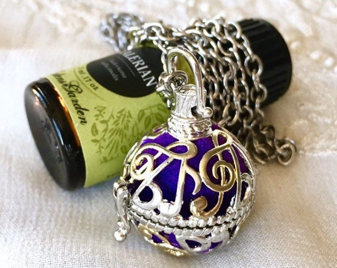 Aromatherapy Locket, Essential Oils Necklace, Diffuser Locket, Music Note Locket, Scent Necklace