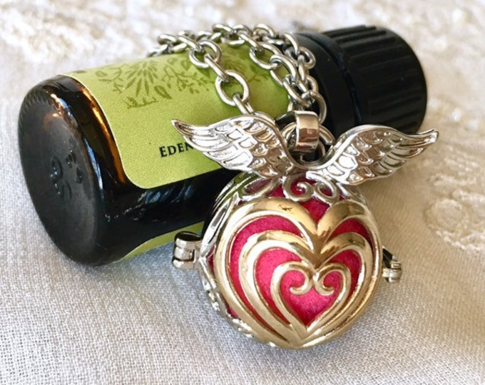Essential Oils Necklace, Aromatherapy Locket, Butterfly Diffuser Necklace, Angel Wings Scent Diffuser Locket, Essential Oils Necklace