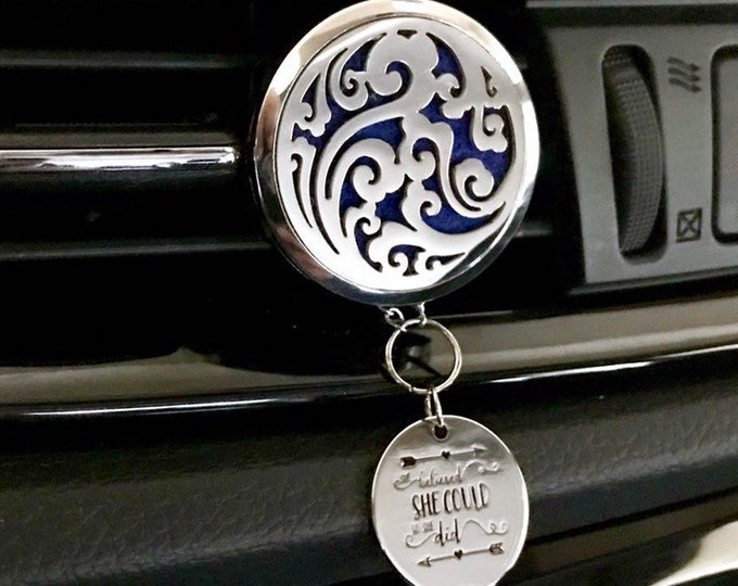 Car Essential Oils Diffuser, 38mm Large Aromatherapy Locket with Charms, Car Scent Diffuser