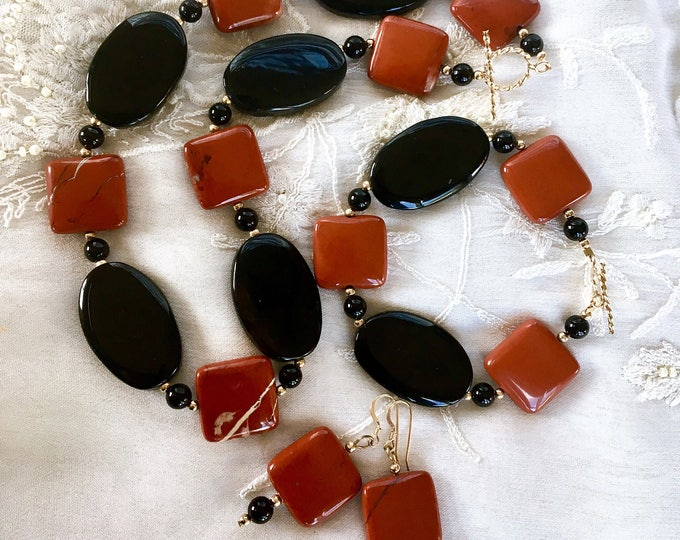 Onyx and Agate Necklace, Jewelry Set, Vermeil and Gemstones Necklace, Onyx Bracelet, Onyx Earrings, Gemstones Bracelet