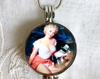 Aromatherapy Necklace, Diffuser Locket, Essential Oils Necklace, Pinup Necklace