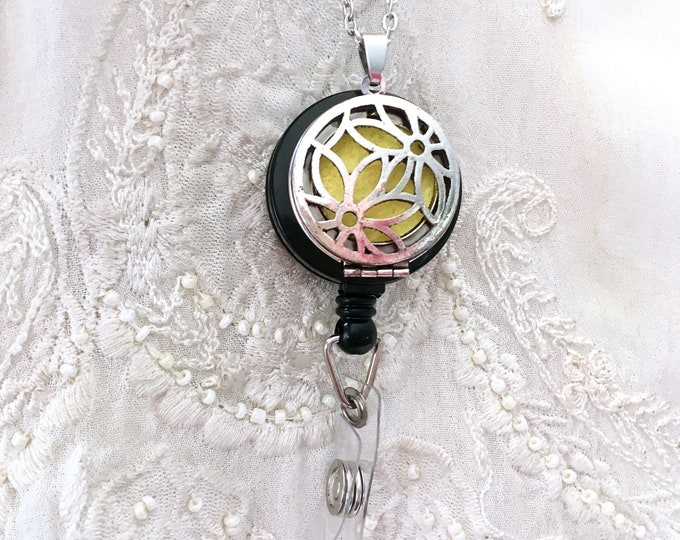 Diffuser Badge Reel, Essential Oils Badge Holder, ID Badge Clip, Locket Badge Holder