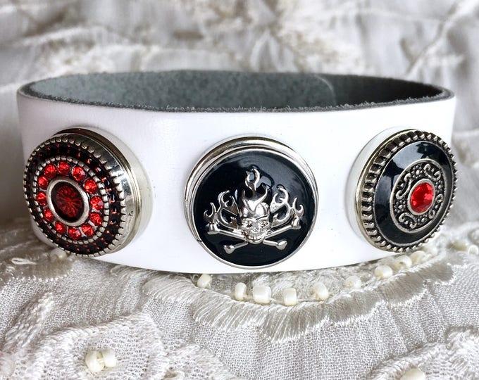 Snap Button Bracelet, White Leather Bracelet, Noosa Style Buttons, Skull Snap, Snap Chunks