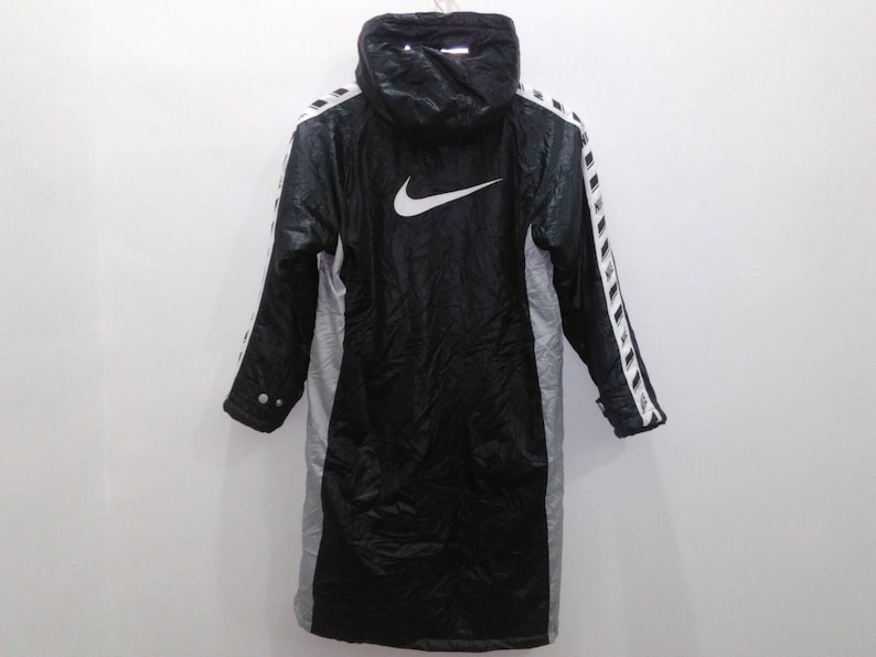 d4c681a3cf37 NIKE parka jacket coat mens small hooded black spellout jacket
