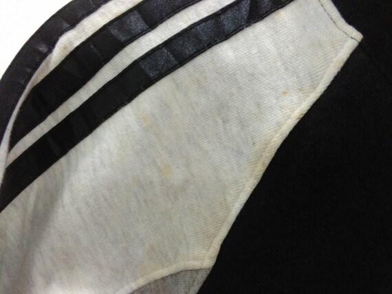 Vintage Adidas Sweatshirt Hoodie Jacke Herren M L schwarz Adidas drei Streifen großes Logo bestickt Adidas laufen Dmc Streetwear hip hop