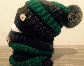 Hat, scarf and mittens