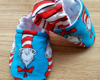Cat baby shoes,Cat in the hat baby shoes,Fabric baby shoes,Dr Seuss Baby ,Dr Seuss Baby,Dr Seuss,Handmade baby shoes,Baby Shower gift,baby