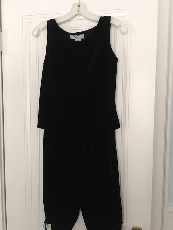 Ladies velvet knickers, skirt and shell - image 7