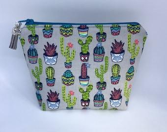 Cosmetic Bag, Makeup Bag, Zipper Pouch, Cactus Makeup Bag, Cacti Cosmetic Bag, Cacti, Cactus
