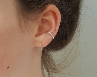 Silver Ear Cuff Ring  -  Simple No Piercing Minimal Silver Ear Cuff  -  Minimalist Sterling Silver Ear Cuff  -  Handmade In UK