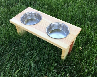 Elevate Pet Feeder