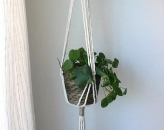 Macrame plant hanger // plant holder // hanging plant // small space // minimalist