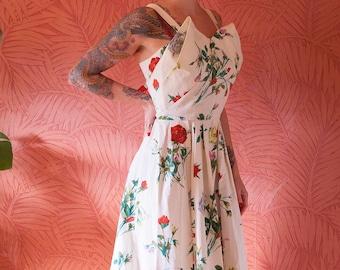 1950s summer dress vintage flower roses swing tall