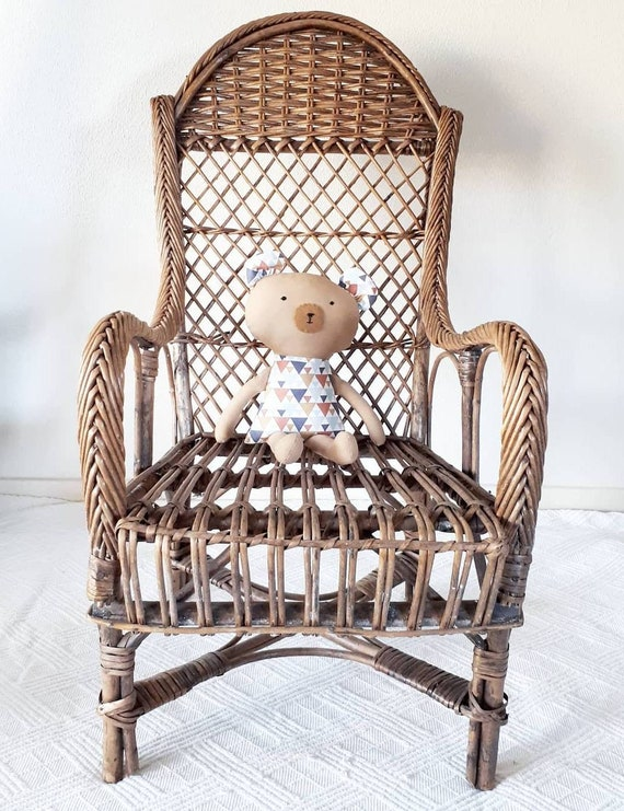 Magnificent Antique French Kids Chair Creativecarmelina Interior Chair Design Creativecarmelinacom