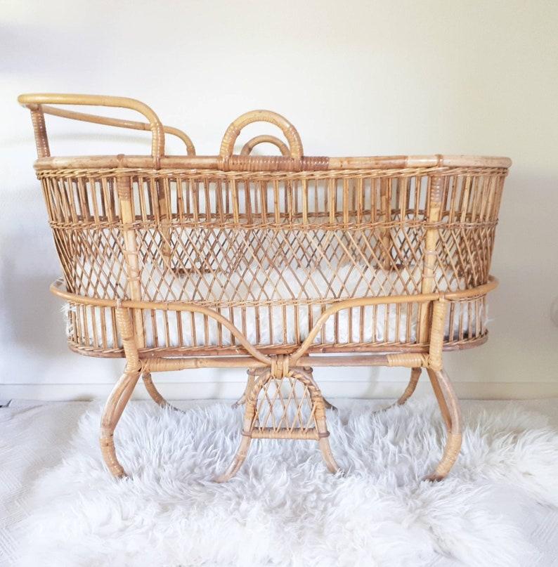 Nursery Furniture Lovely Bassinet