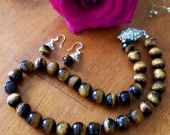 Tiger's eye choker necklace, bracelet and earrings set