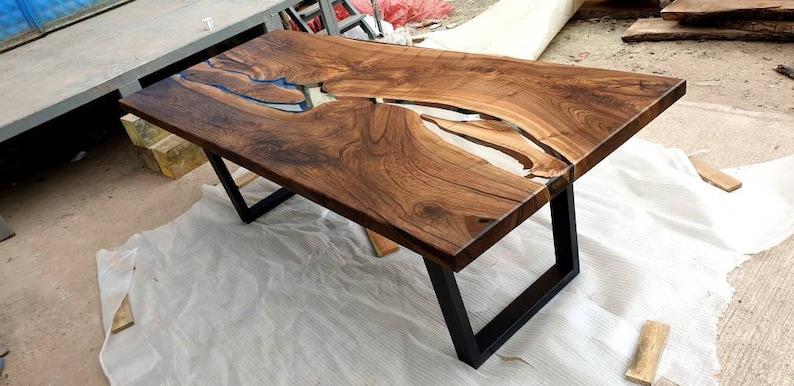 Clear Epoxy Walnut Wood Tabletop
