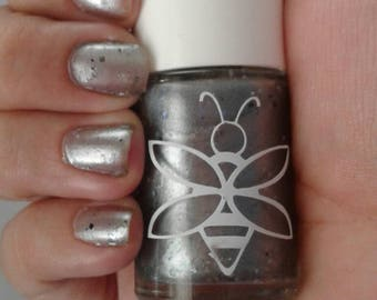 BeeFae Nail Polish- Driver Picks The Music